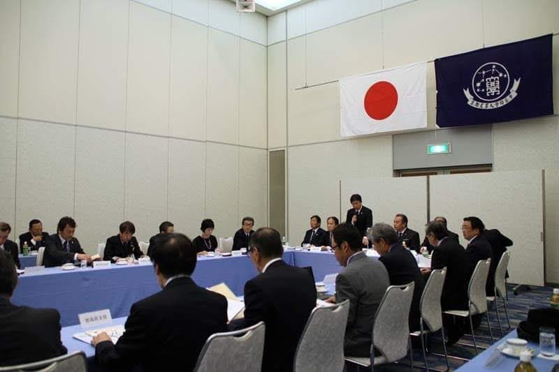 画像:支部長懇談会の様子